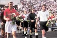 Футбольный матч СССР-ФРГ, состоявшийся через 10 лет после войны.