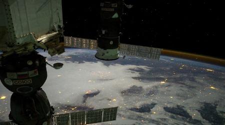 Вид с МКС ночью. Ролик Кнайта Майерса (Knate Myers), собранный из ночных снимков экипажей станции.